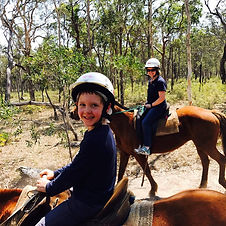 horse-riding-tour-hervey-bay.jpg