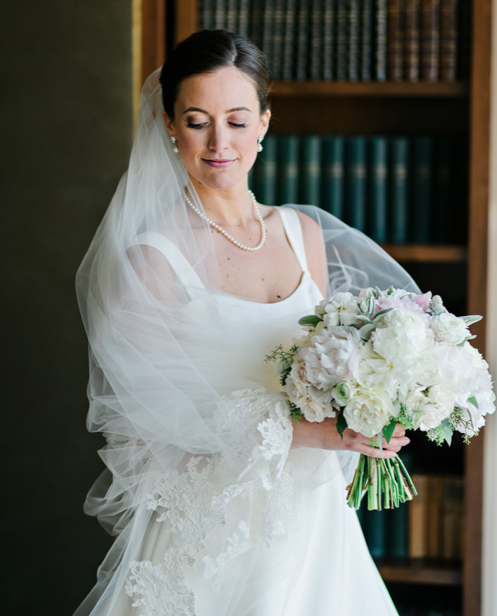 Classic style wedding bouquet at Study Hotel in New Haven