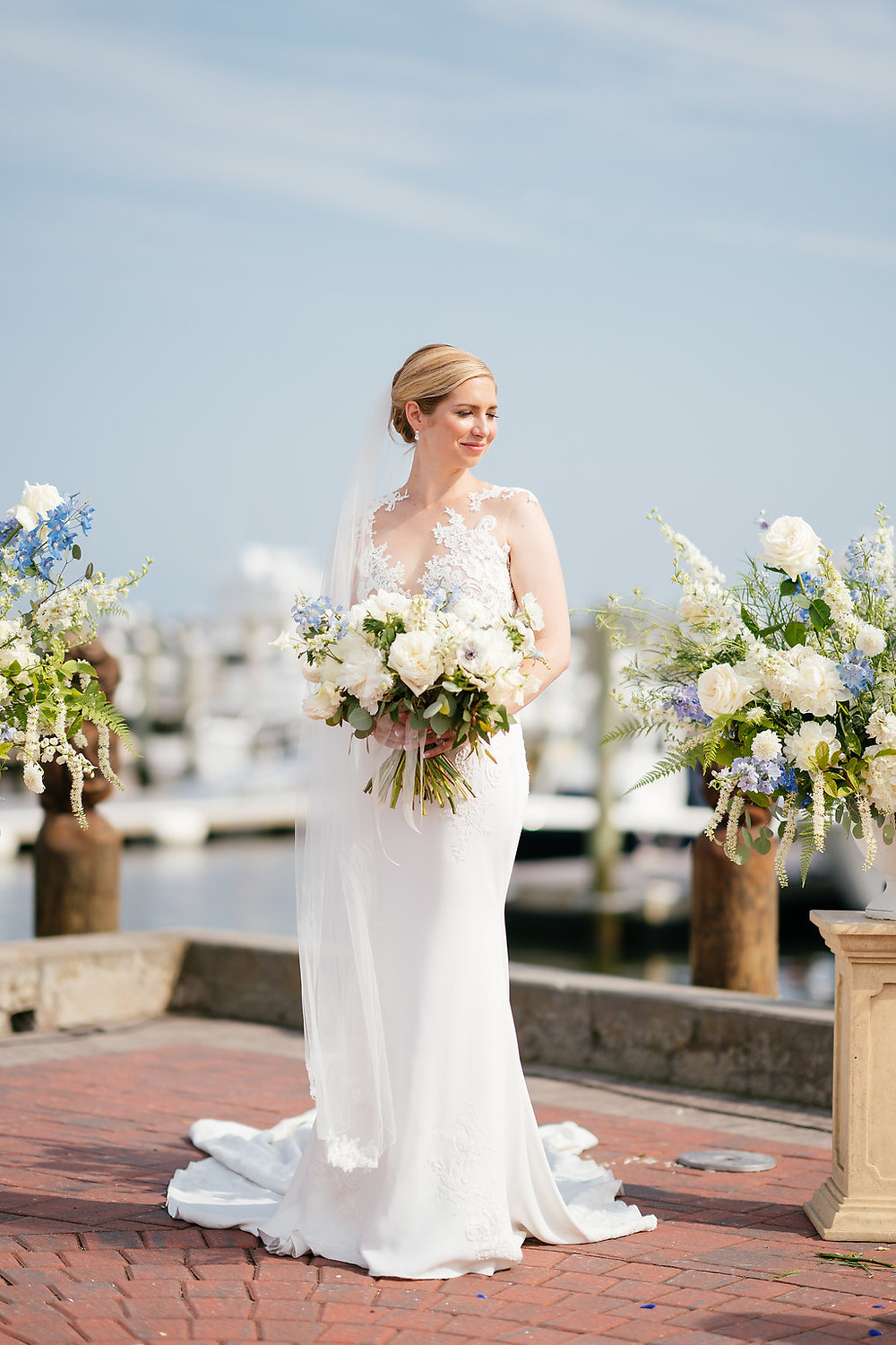 Gaden style wedding bouquet at Saybrook Point Inn & Spa