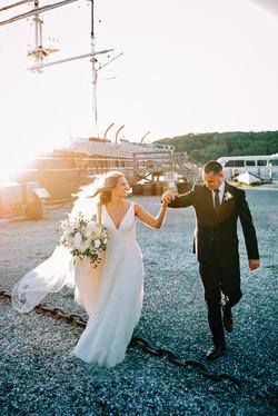 Mystic Romantic Wed at Latitude 41
