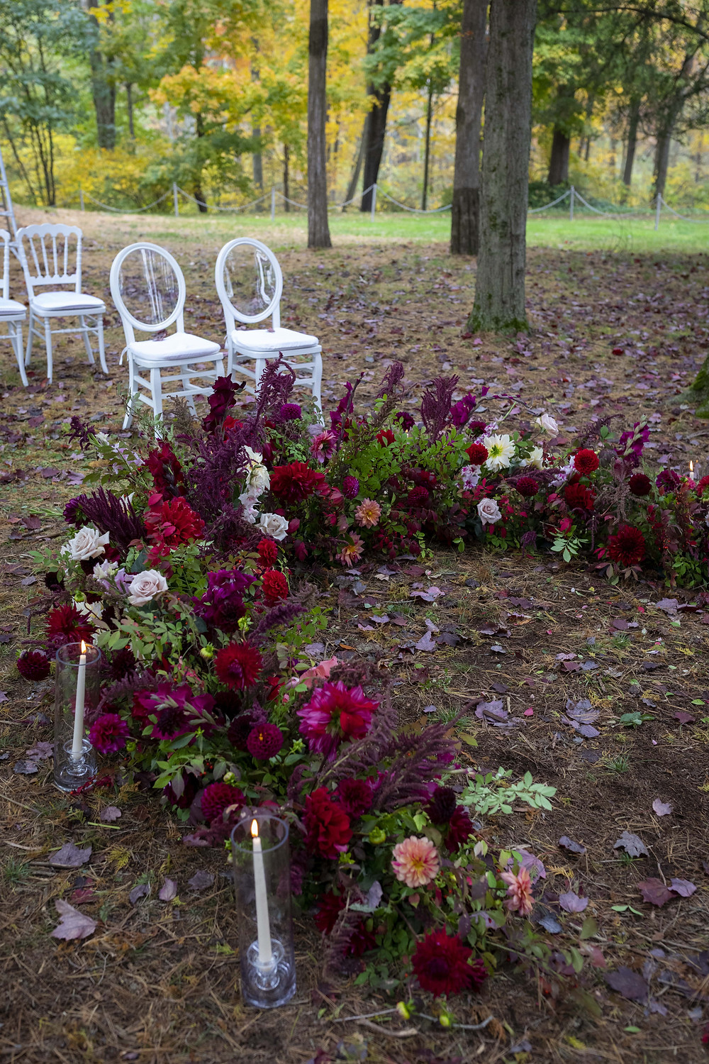 Ceremony flowers at the Wadsworth Mansion