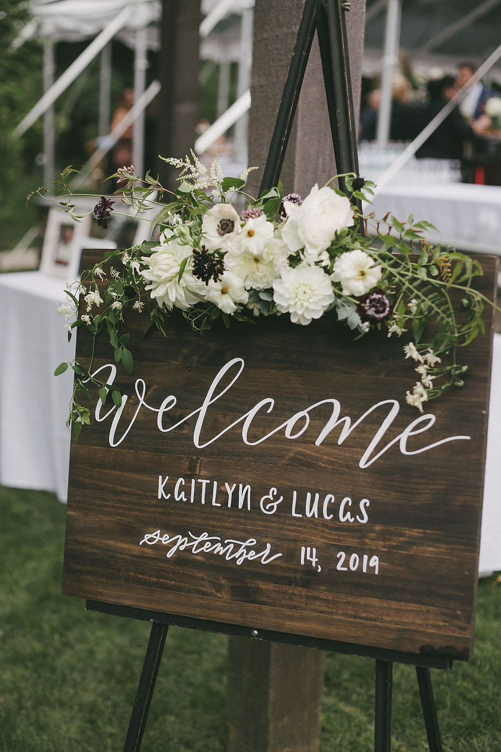 Welcome sign flower decoration