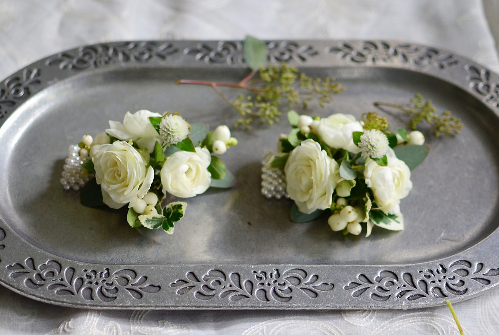 Dahlias & Baby's Breath White Wedding at Guilford Yacht Club   Corsages