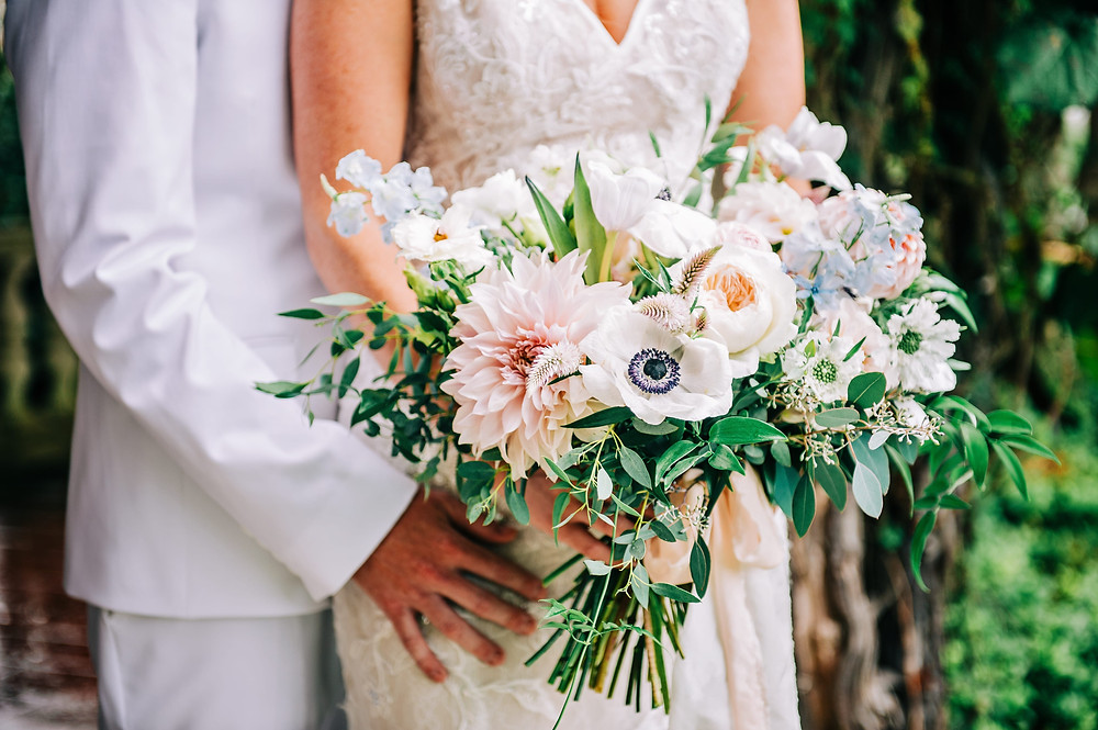 Light blue & blush wedding bouquet at Eolia Mansion