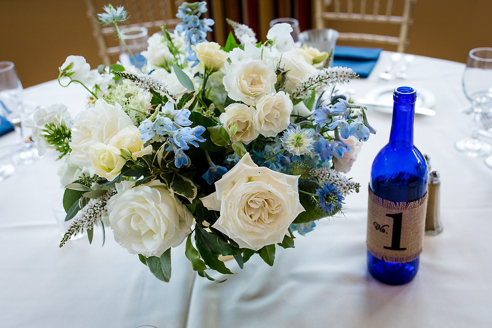 White & blue centerpieces at Lake of Isles