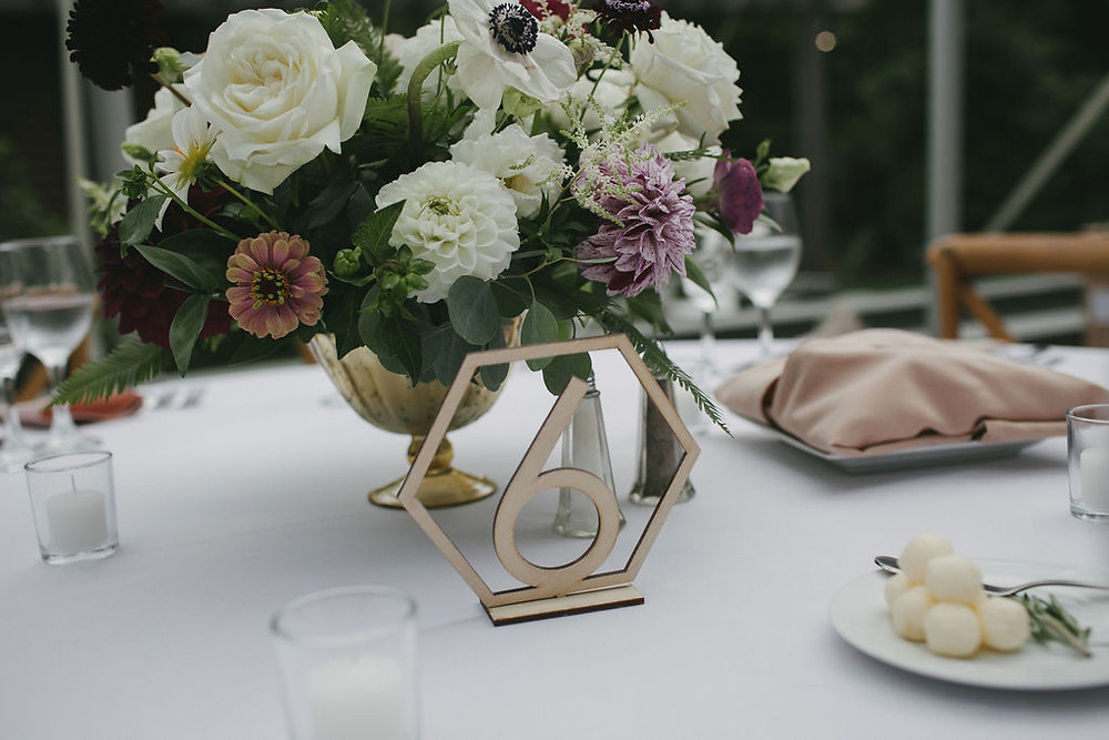 White & Moroon rustic low centerpieces & hexagon table number