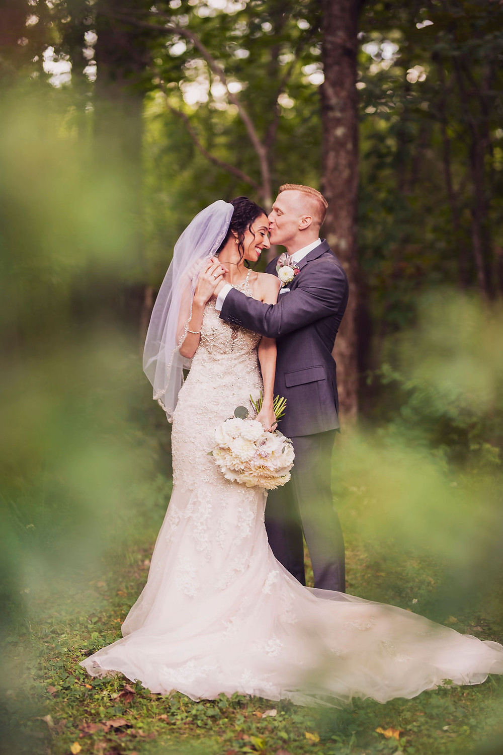 Romantic Intimate Wedding at Chatfiled Hollow Inn