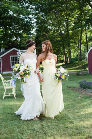 Spring Summer Wedding Bouquets with Garden Style & Classic Style