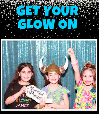 School event with photo booth