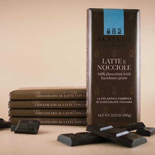Tavoletta di Cioccolato al Latte e Nocciole 100g