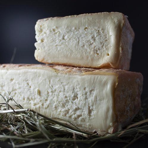 Taleggio a Latte Crudo DOP Val Sassina