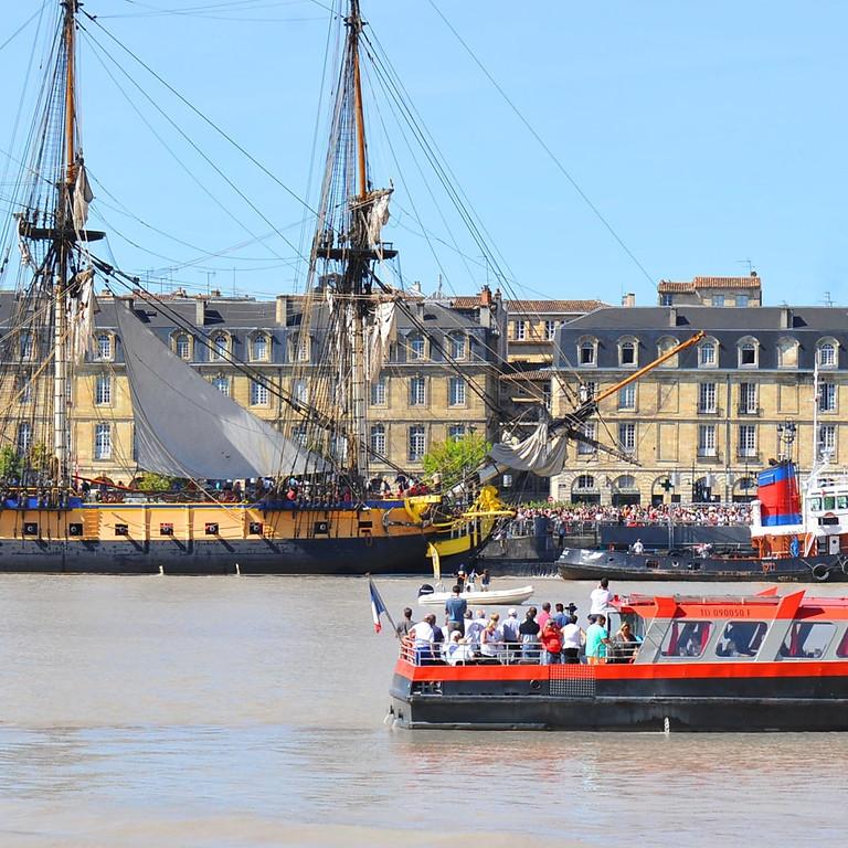 visite guidée de Bordeaux et balade en bateau sur la Garonne