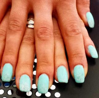 manicure con semi centro estetico viva b