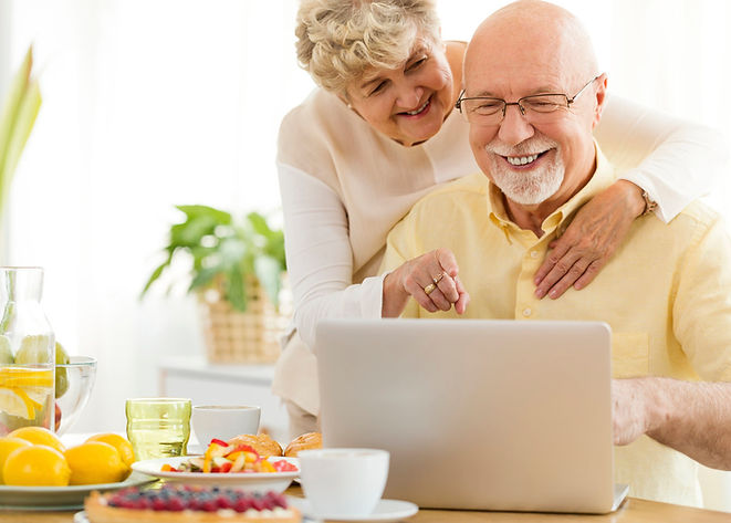 rsz_smiling-senior-man-using-laptop-with