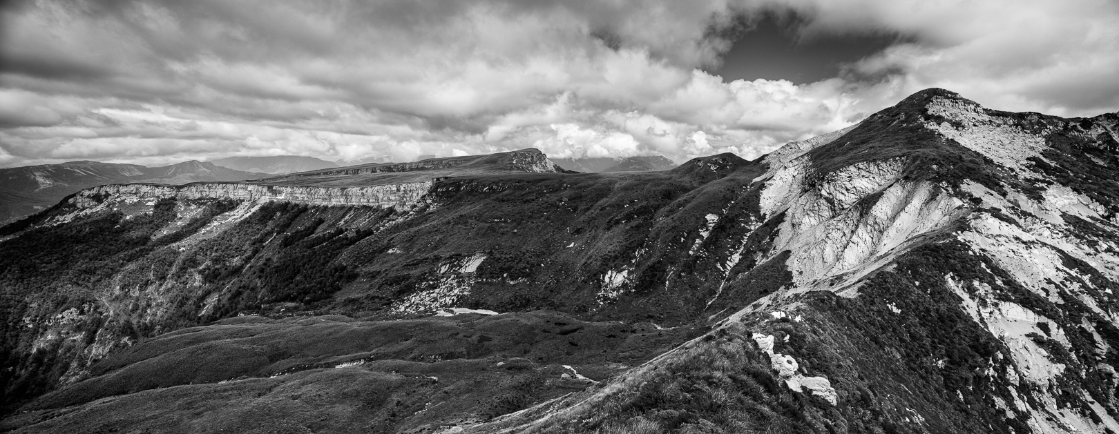 The Devil's Dining Table and the Needle, shot from the ridgeline between the Needle and Haystack.