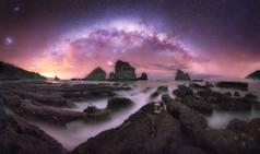 AP007 Milky Way and the reef.jpg