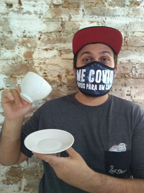 Me COVID para um café    máscara