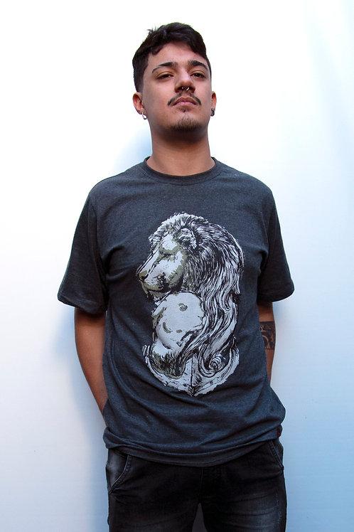 Leão Cordeiro | Camiseta Tradicional