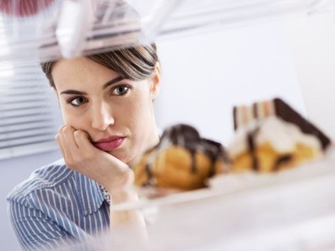 Quick and Easy Tips for Navigating Food Cravings