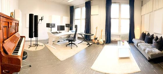 Studio1__edited.jpg