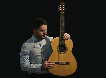 Tiago Santos - Guitarra Clássica - A Nossa Guitarra