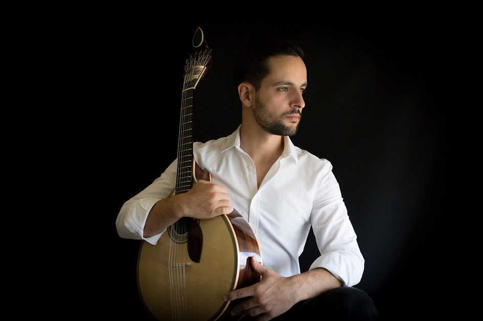 Henrique Fraga - Guitarra de Coimbra - A Nossa Guitarra - Guitarra Portguesa - Portugal