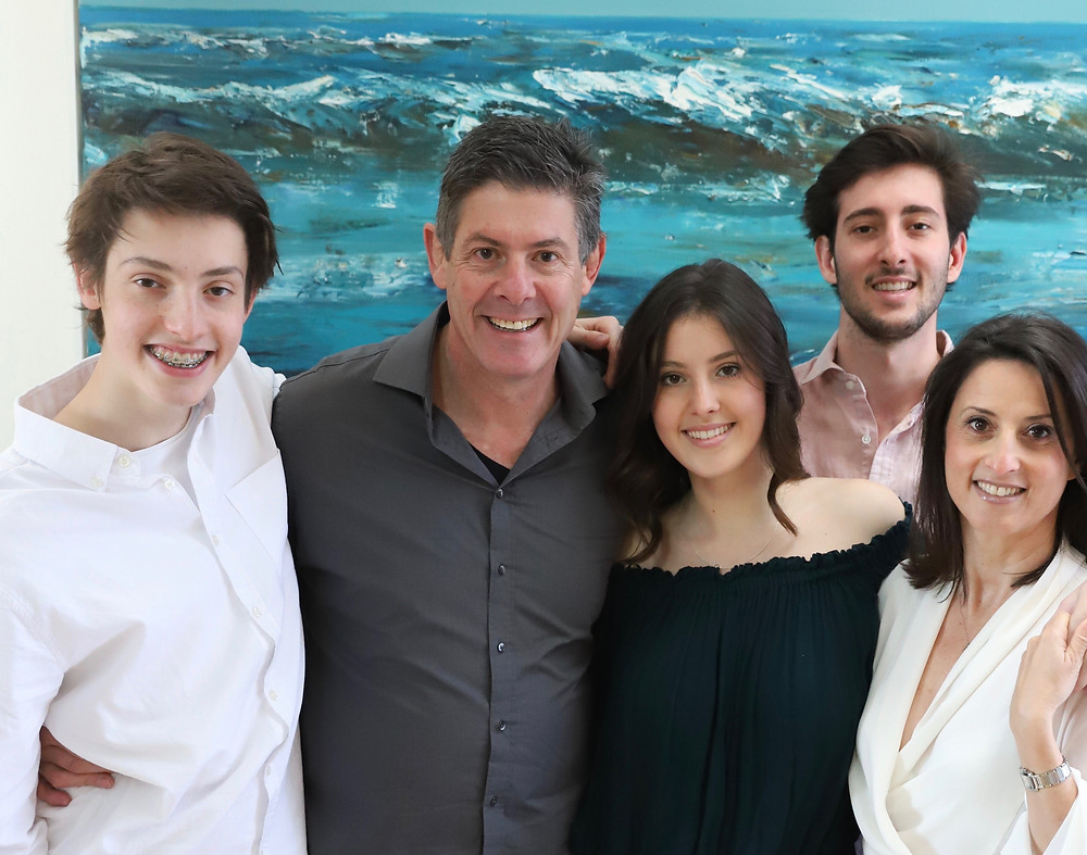 Rikki with her family