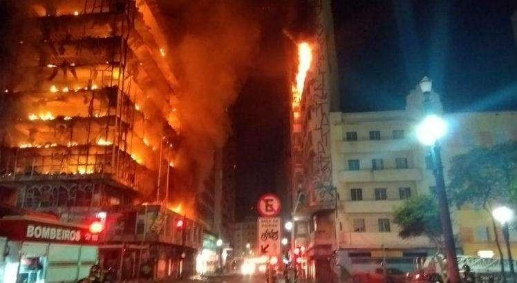 Principal hipótese de incêndio em prédio de SP é acidente doméstico