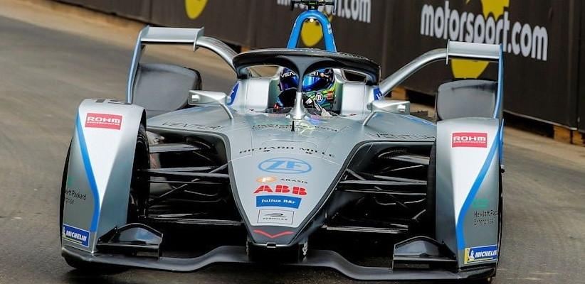 Estreia de Felipe Massa na Fórmula E é marcada por penalidades causadas por erros de principiante