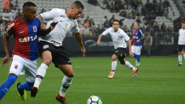 O Corinthians voltou a vencer no Campeonato Brasileiro após quatro jogos em branco