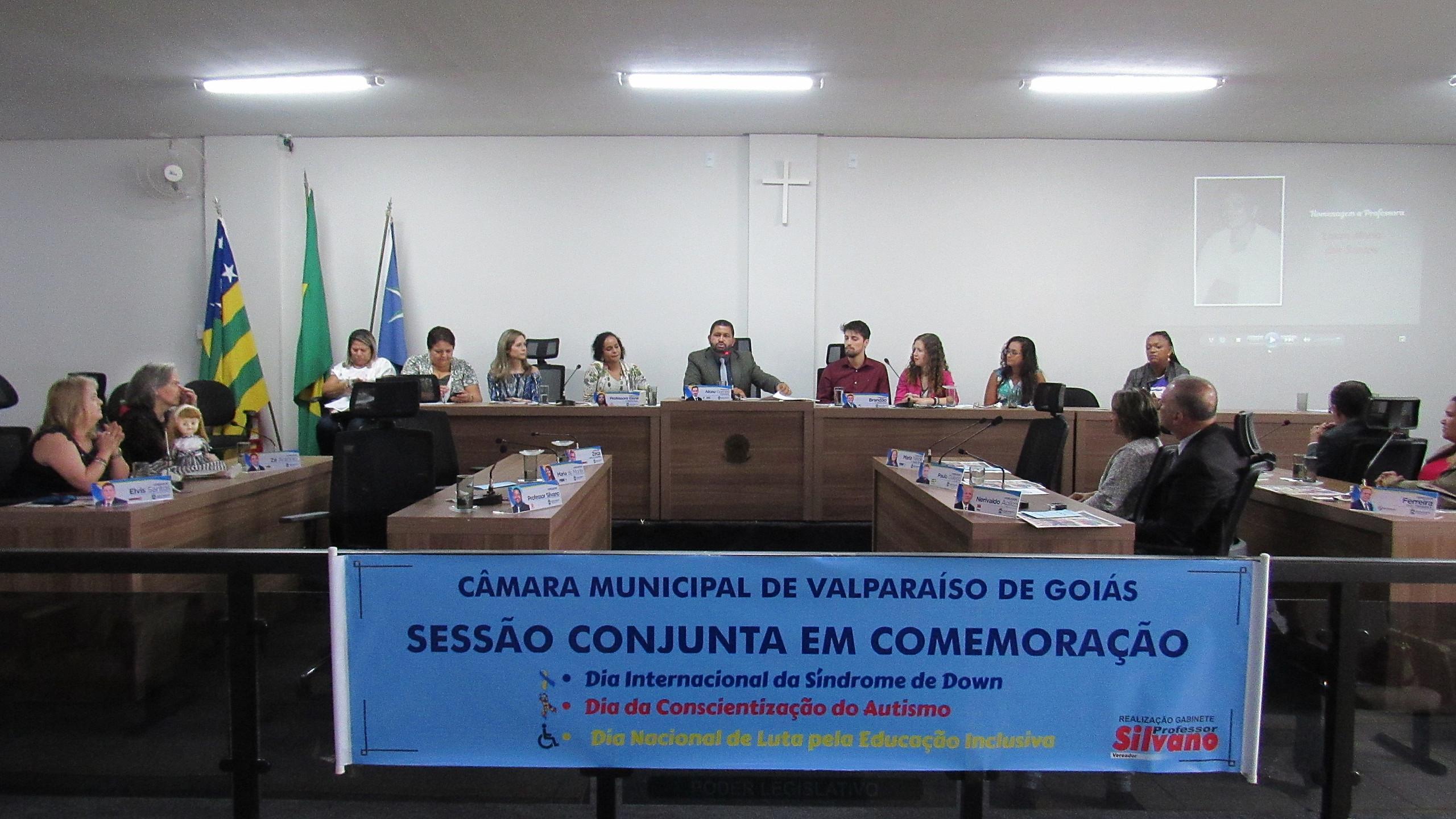 Câmara Municipal de Valparaíso comemora o Dia Internacional da Síndrome de Down, da Conscientização do Autismo e da Luta pela Educação Inclusiva