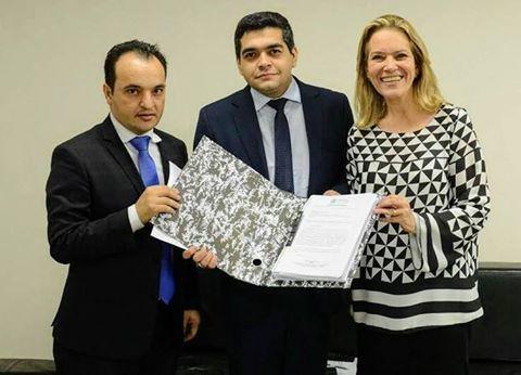 Valparaíso – Prefeito oficializa convênio de R$ 7 Milhões com o estado