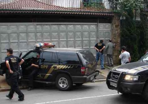 PF prende 5 dos 7 conselheiros do TCE-RJ e leva presidente da Câmara Legislativa carioca para depor