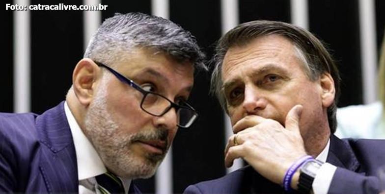 PSL decide expulsar Alexandre Frota após críticas a Bolsonaro