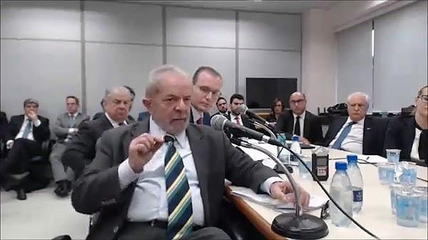 Advogado de Lula apresenta recibos de alugueis negados pelo suposto locatário