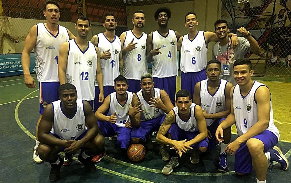 Time de Basquete misto, de Valparaíso e Cidade Ocidental, é vice-campeão estadual