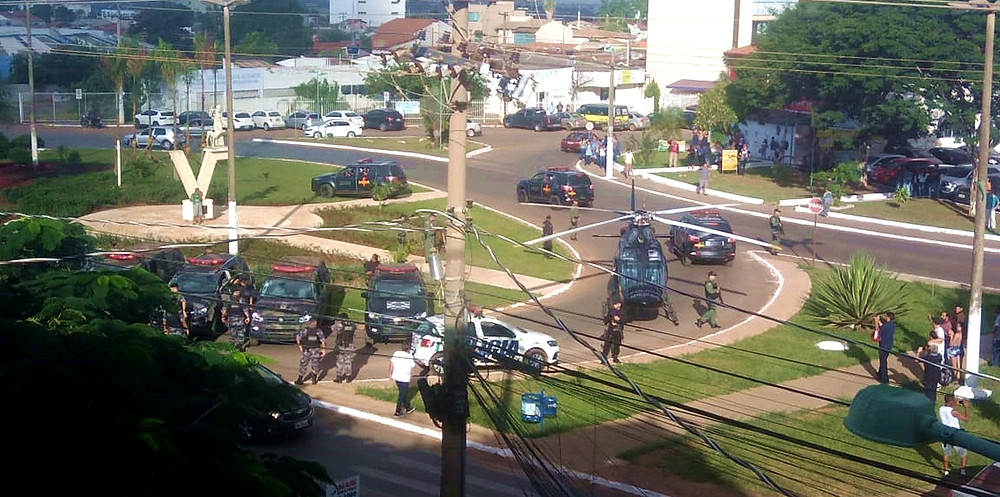 Forças de segurança do estado de Goiás e do município de Valparaíso prendem 10 por tráfico de drogas em uma megaoperação