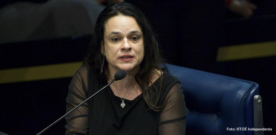 Janaína Pascoal cogita deixar o PSL do presidente Bolsonaro
