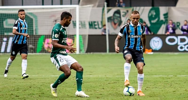 Grêmio vence o Palmeiras e Flamengo se torna Campeão Brasileiro sem entrar em campo
