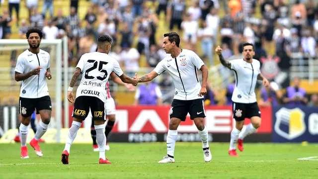 Abrindo o placar no primeiro minuto, Corinthians vence clássico contra o São Paulo