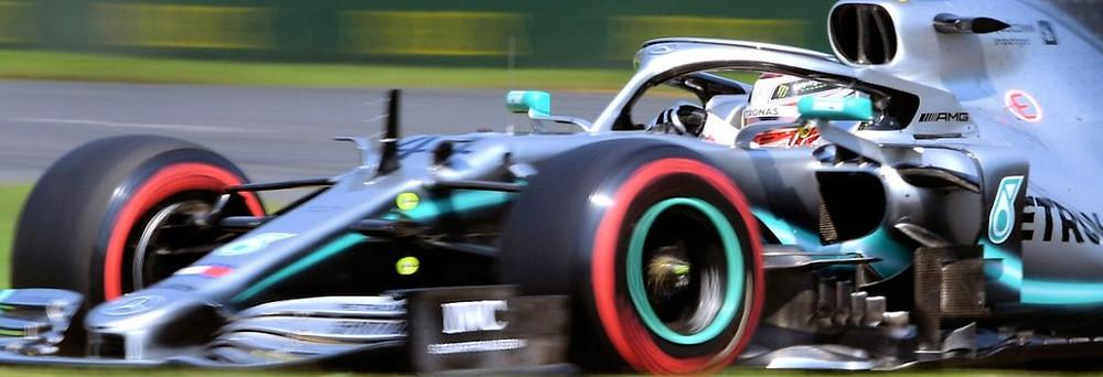Mercedes sobra e garante dobradinha com Hamilton em sua 1ª pole do ano no GP da Austrália de F1