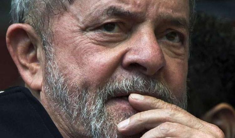 STJ diminui pena de Lula, que pode progredir de pena em setembro