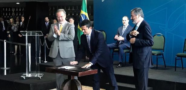 Sérgio Moro toma posse como Ministro da Justiça. Veja os principais pontos de seu discurso, inclusive sua justificativa por aceitar o cargo