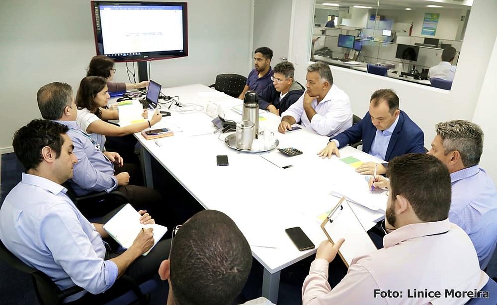 Em reunião na Caixa Econômica, Pábio Mossoró busca regularização de contratos anteriores à sua gestão