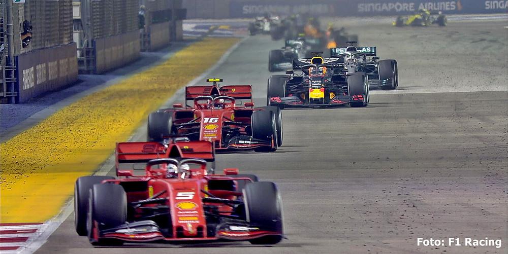 Vettel vence o GP de Singapura em uma dobradinha da Ferrari