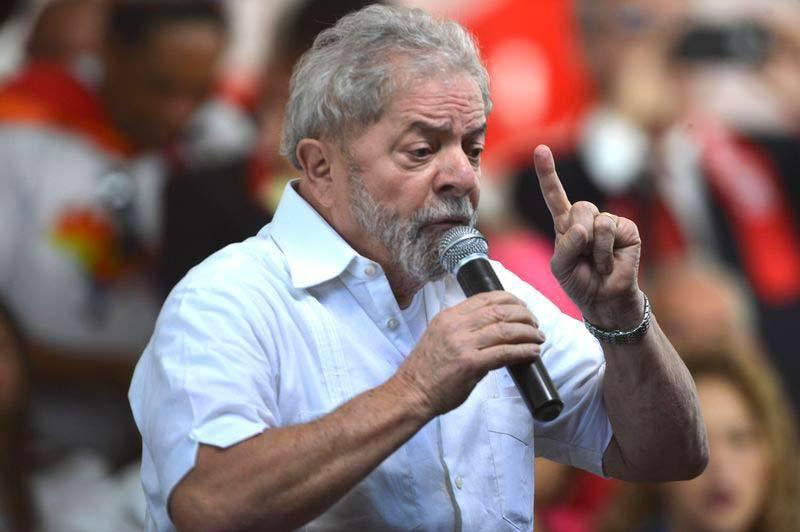 Em nova denúncia, Lula e Gilberto Carvalho teriam recebido R$ 6 Milhões em propina
