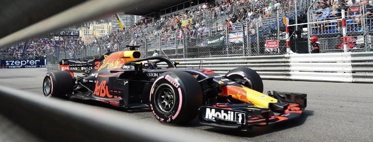 Ricciardo confirma do favoritismo da Red Bull em Mônaco e vence mesmo com problemas no motor