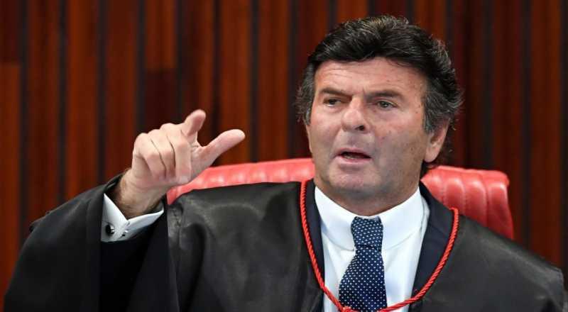 Editor do The Intercept revela nova conversa de Dellagnol e Moro, dessa vez envolvendo o ministro do STF Luiz Fux