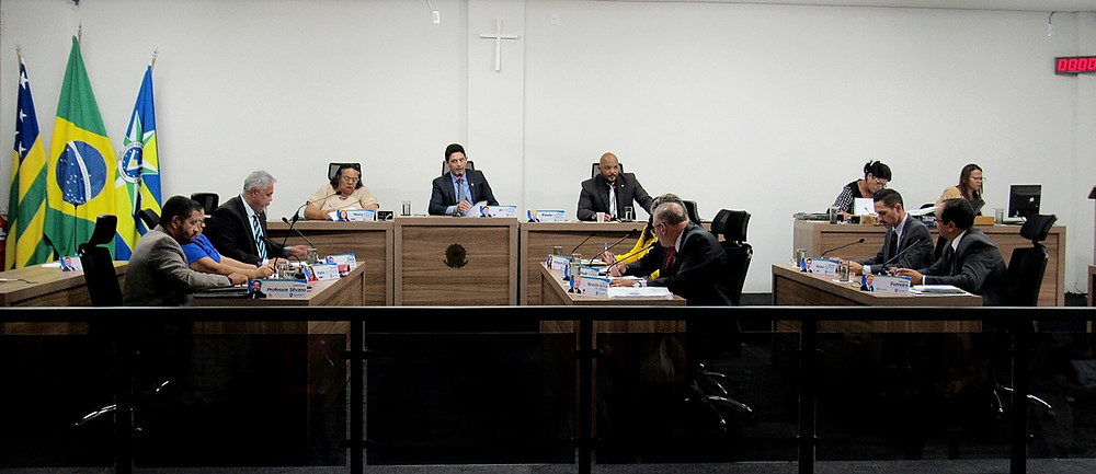 Câmara Municipal de Valparaíso tem sessão marcada por debates acirrados sobre temas considerados importantes