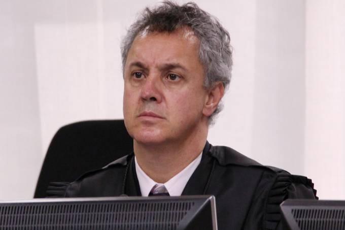 """Relator do julgamento de Lula diz haver provas """"acima do razoável"""" e pede aumento da pena de Lula para 12 anos"""